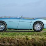 Austin-Healey-100-4-four-le-mans-BN2-1956-ice-blue-02