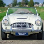 Austin-Healey-100-6-six-blue-white-01b