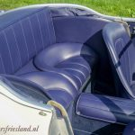 Austin-Healey-100-6-six-blue-white-08