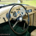 MG-MGA-Coupe-british-racing-green-06