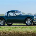 MG-MGA-Coupe-british-racing-green-16