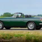 MG-MGB-roadster-british-racing-green-12