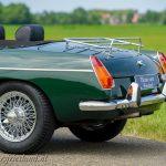 MG-MGB-roadster-british-racing-green-13