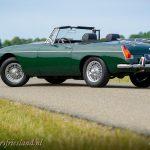 MG-MGB-roadster-british-racing-green-14