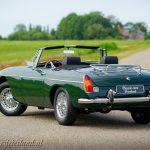 MG-MGB-roadster-british-racing-green-16