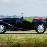 MG-TD-1953-black-red-concours-02