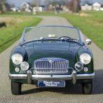 MG-MGA-1500-roadster-british-racing-green-01b