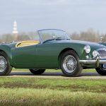 MG-MGA-1500-roadster-british-racing-green-03