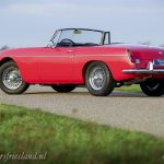 MG-MGB-roadster-red-rood-rouge-rot-17